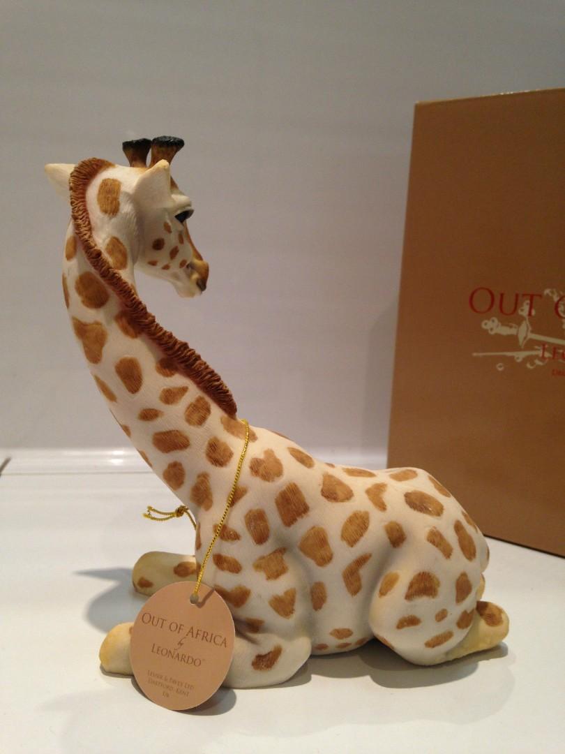 Sitting Giraffe Statue Ornament Figurine Figure Gift