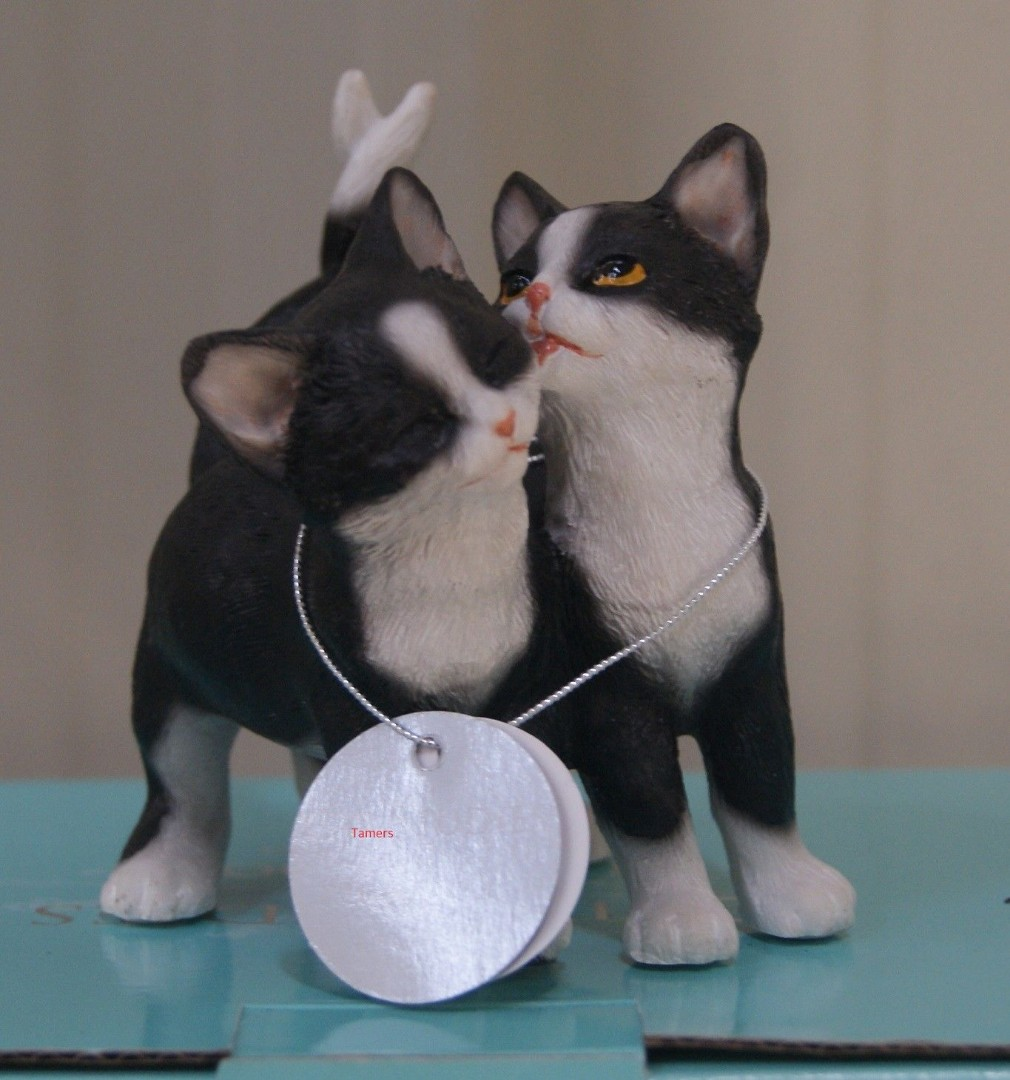 3 Black White Cat And Kittens Ornament Figurines By Leonardo