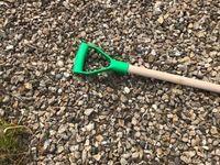 Snow Shovel Pusher Scoop Wooden Handle Debris Spade Muck Mucking Out Metal Edged