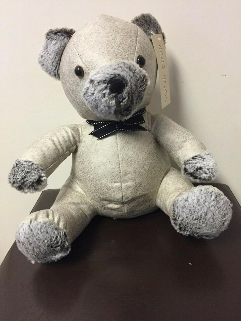 HEAVY BEIGE TEDDY BEAR DOORSTOP